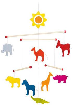 goki-holzmobile-tiere-babyspielzeug-